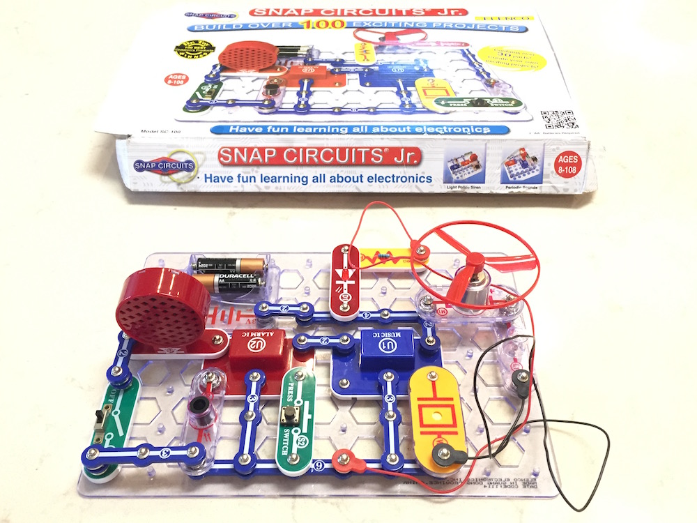 Figure: Snap Circuit Jr.