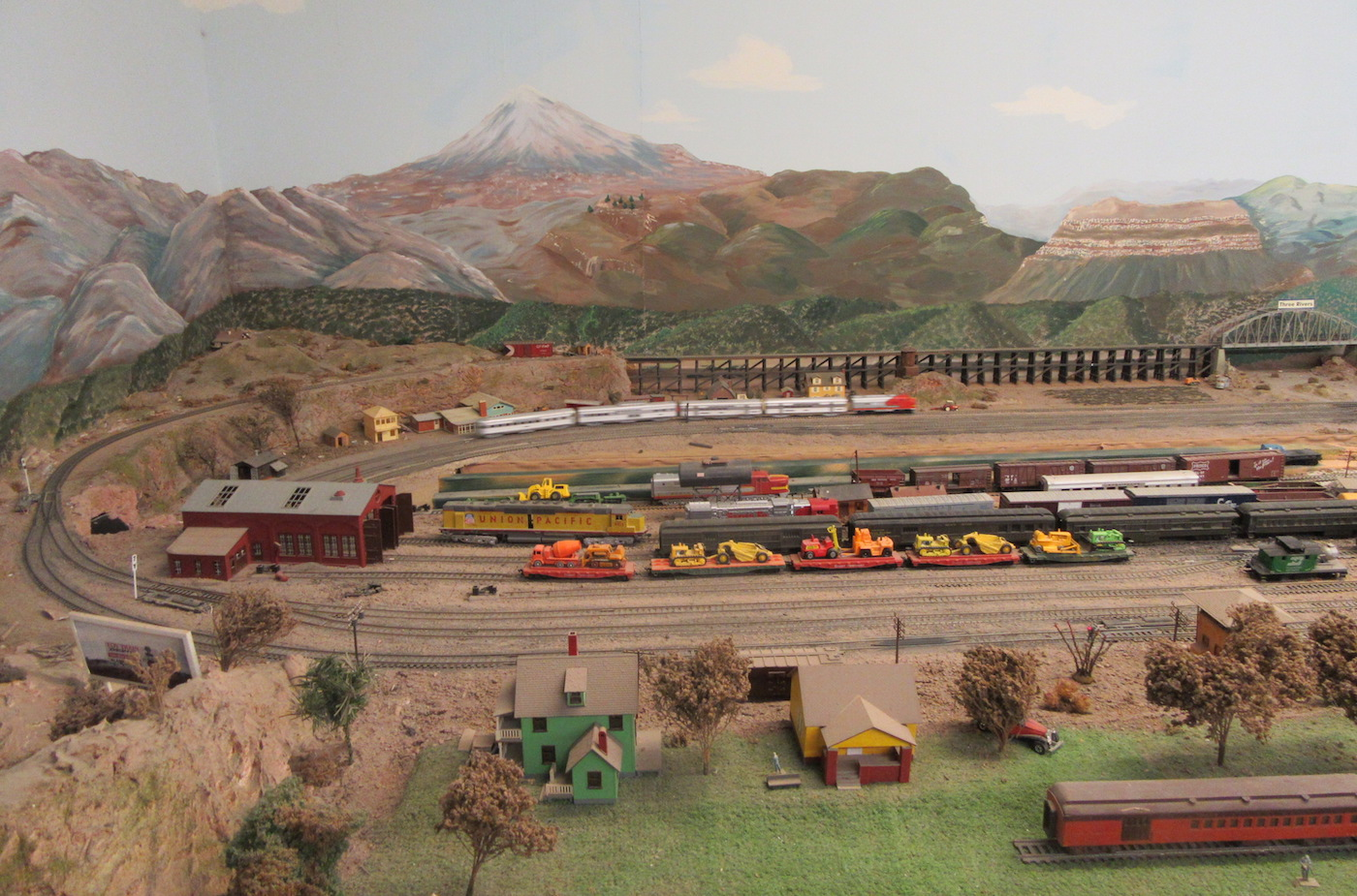 A visit to the Toy Train Depot Alamogordo — A Family Blog